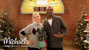 snoop dogg u0026 busy philipps make ornaments the make off