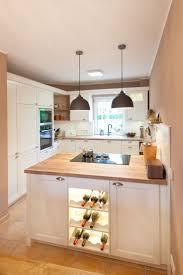 moderne landhauskche mit kochinsel die besten 25 kücheneinrichtung mit kochinsel ideen auf