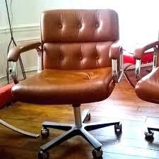 fauteuil de bureau marron fauteuil bureau marron bureau chaise bureau vintage bureau vintage