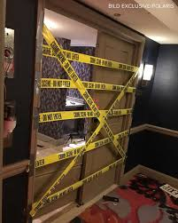 real crime scene photos 2016 a glimpse inside the las vegas shooter u0027s hotel room abc news