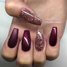 the 25 best holiday acrylic nails ideas on pinterest prom nails