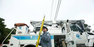 texas power and light company energy giant buys florida electricity and gas companies sarasota