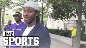 Why Did Rg3 Get Benched Rg3 On Will Smith U0027s Nfl Movie U0027it U0027s Gonna Make People Mad
