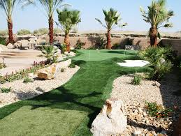 Backyard Putting Green Installation by Putting Green Pictures Backyard U0026 Commercial Applications