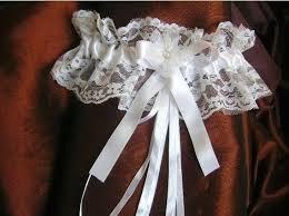 jarretiere mariage les 25 meilleures idées de la catégorie jarretière mariage sur