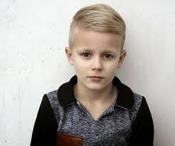 coupe de cheveux moderne coupe garçon 80 superbes idées de coiffure pour les jeunes messieurs
