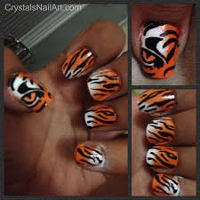 tiger stripe nail art perfect for tournament time neat
