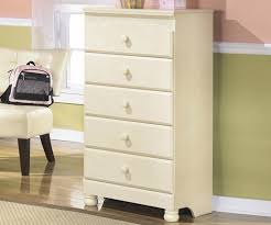 cottage retreat bedroom set ashley cottage retreat chest ashley kids furniture and the cottage