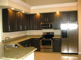 kitchen paint colors with oak cabinets and white appliances small