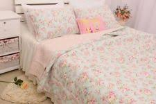 shabby chic quilts and bedspreads the quilting ideas