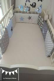 déco chambre bébé et gris tour de lit enfant bébé bleu gris noir éléphant décoration chambre