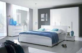 chambre à coucher blanche chambre a coucher blanche moderne avec chambre coucher design avec