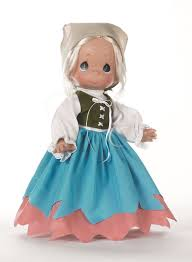 meet precious moments doll maker linda rick walt disney