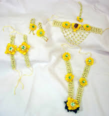 flower jewellery flower jewellery for your mehendi check out floral in mumbai