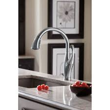 Delta Addison Kitchen Faucet Delta Faucet 9192 Ar Dst Addison Arctic Stainless Pullout Spray