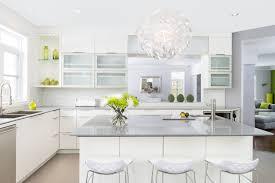 photo de cuisine blanche armoire de cuisine et salle de bain élysée montréal laval