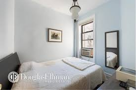 650 Square Feet by West Village Co Op Asking 800k Fits In Charm Over 650 Square Feet