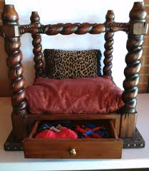 dog beds made out of end tables recycled end table canopy pet bed thriftyfun
