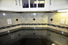 Backsplash Tile Ideas For Granite Countertops NewCountertop - Backsplash tile ideas for granite countertops