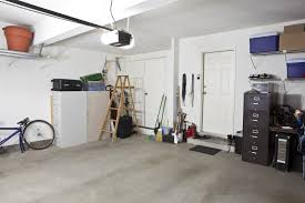 how to get a clean garage to sell your home great day moving of