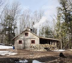 shack modern maple syrup shack stock photo 183893094 istock