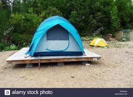 platform tent tent platforms stock photos u0026 tent platforms stock images alamy