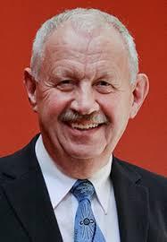 Nils Axelsen, som har været drivkraften bag etableringen og opbygningen af Fonden, der årligt uddeler The Brain Prize på 1 mio. - povlkrogsgaardlarsen_225x324