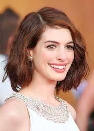short length wavy hairstyles women medium haircut