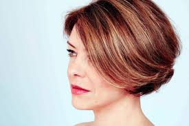 pictures on hairstyles for women in their 40s medium length
