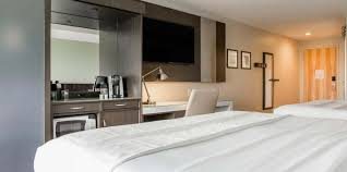 accessible two king suite non smoking rooms cambria hotel