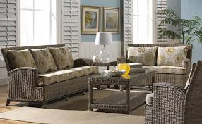 5 wicker furniture pieces for your living room patio