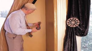 Putting Curtain Rods Up Video 46 Tips From Us How To Install Curtain Holdbacks In 3
