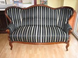 sofa beziehen biedermeier sofa neu beziehen kosten centerfieldbar