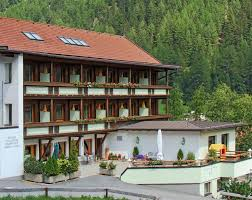 book hotel garni hainbacherhof in soelden hotels com