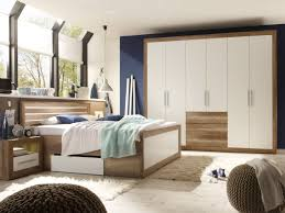 Schlafzimmer Komplett Nussbaum Schlafzimmer Komplett Mit Boxspringbett Kaufen Auf Betten De