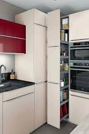 rangement cuisine but armoire de cuisine but une grande armoire coulissante avec bacs de
