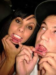 59 painfully cool inner lip tattoos temporary
