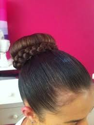 howtododoughnut plait in hair hair by bianca marchan wedding braid curls brunette my