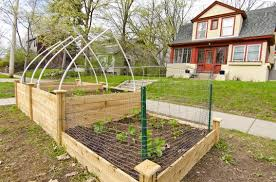 how to make a raised bed boulevard garden using the square foot