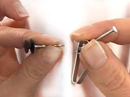 using nails vs hooks with the hang u0026 level picture hanging tool