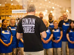 How Much Does A Waitress Make A Year by The Container Store Pays Employees 50 000 A Year Business Insider