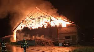 Baden Blitz Gewitterfronten Ziehen über Die Region Blitz Brand Hagel
