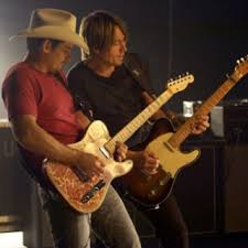 Southern Comfort Musical 300 Best Brad Paisley Images On Pinterest Brad Paisley Country