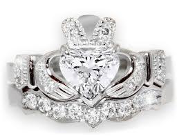 claddagh engagement ring 1 carat diamond claddagh engagement ring