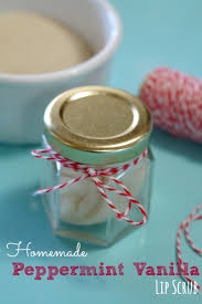 homemade peppermint vanilla lip scrub retro housewife goes green