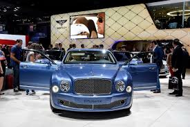 bentley mulsanne 2014 bentley mulsanne speed proves 2 7 tonnes of luxury can move really