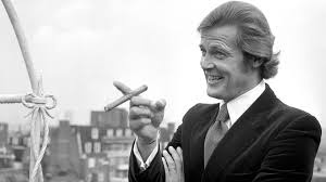 roger moore sir roger moore obituary itv news