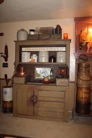 Primitive Country Bathroom Ideas by Best 25 Primitive Cabinets Ideas On Pinterest Prim Decor Old
