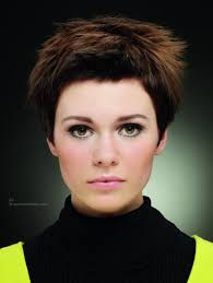 very short hairstyle wispy styling with uprising ends