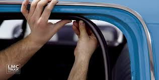 Glass Door Weatherstripping by Door Glass U0026 Weatherstrip Seals Lmc Truck